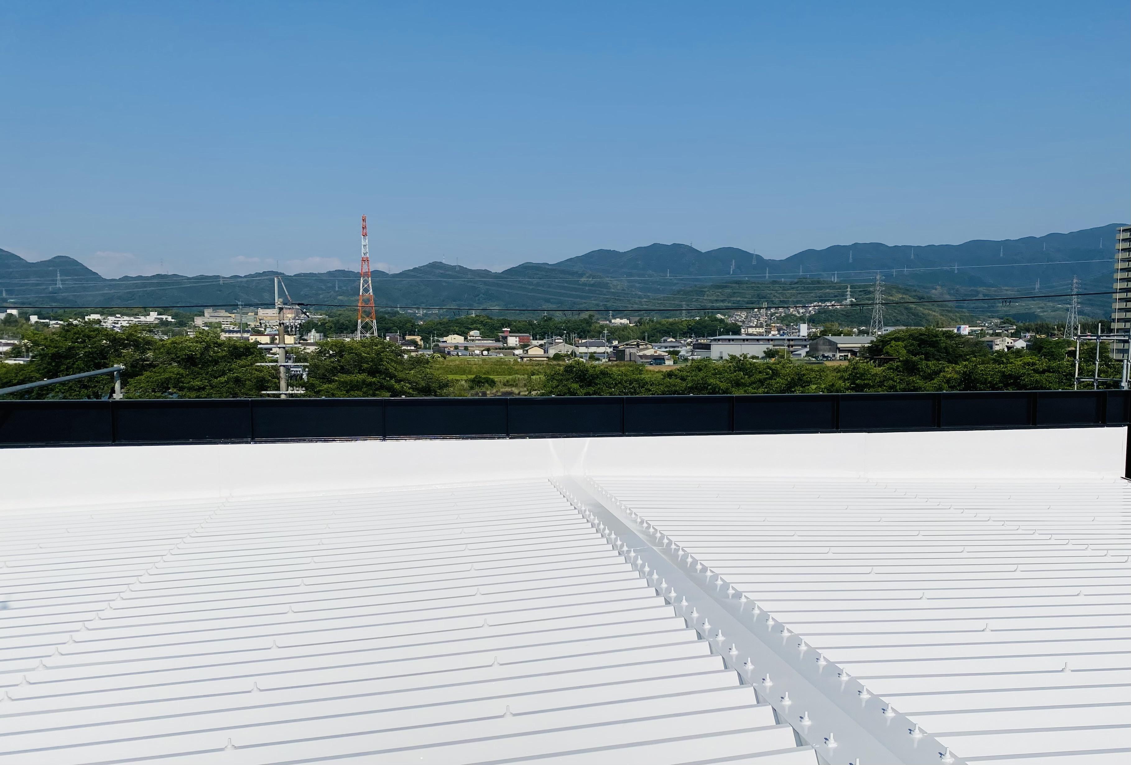 202107080工場屋根