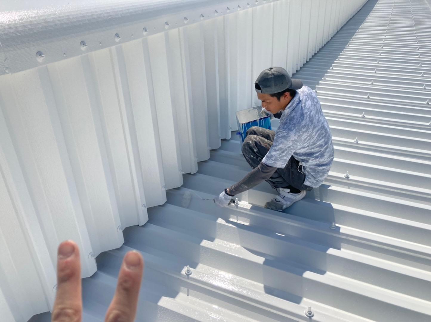 2021070827屋根上塗り1回目 3